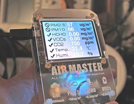 IAQ Monitoring Handheld Device - Air Master 7