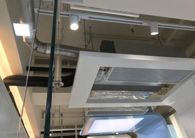 大金吊頂式空氣淨化幾的內貌